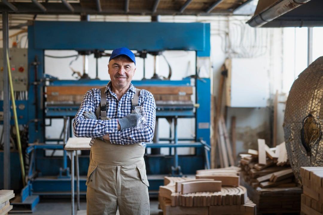 Selger av lokal industribedrift
